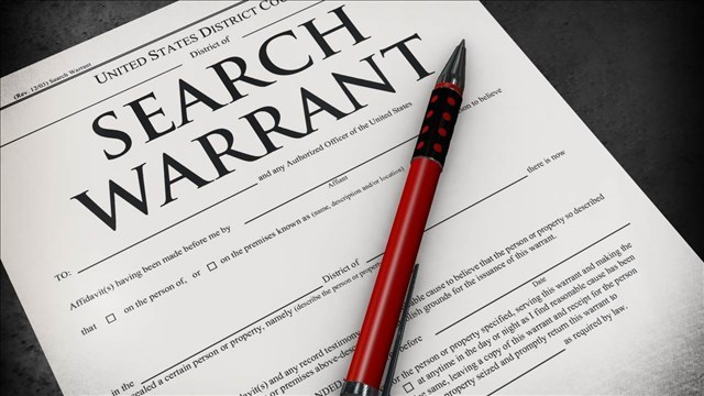 Can police mislead a judge to sign a search warrant in